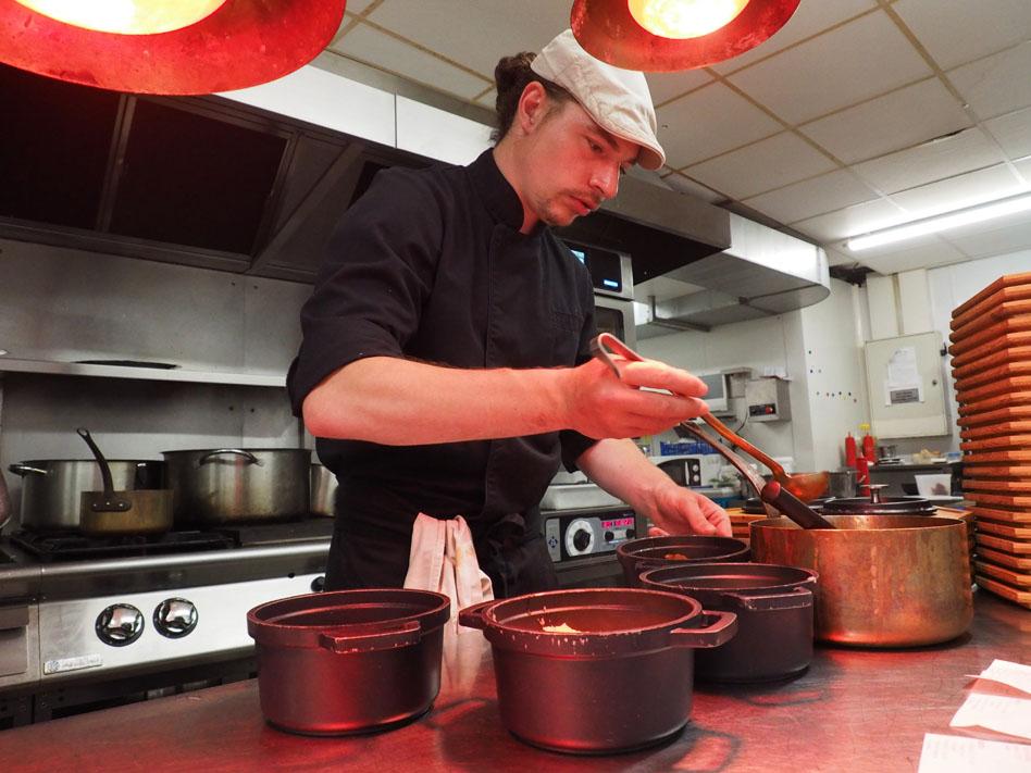 Anthony Warnault, chef de cuisine du Roc'h ar Mor d'Ouessant